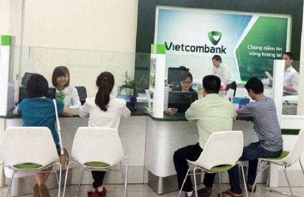 ngân hàng vietcombank có làm việc thứ 7 không